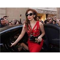 Lady Gaga Sandy Mağdurlarına Ne Bağışladı?