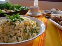 Arpa Şehriye Salatası
