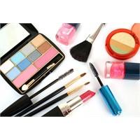 Kadına ihtişam veren yeni kozmetikler