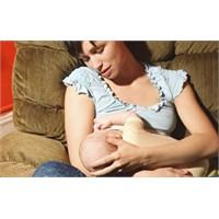 Bebeklerin Emzirme Düzeni