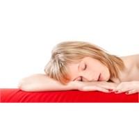 Yetersiz Ve Kısa Uyku Kilo Aldırır Mı?