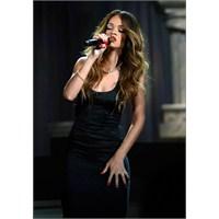 Rihanna Grammy Performans 2013