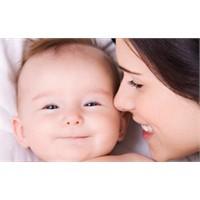 Bebeğinize Güven Duygusunu Nasıl Aşılarsınız?