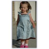 Gömlekten Çocuk Elbisesi Yapmak