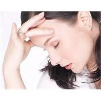 Baş Ağrısında 9 Ciddi Sinyal