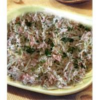Beyaz Lahana Salatası Yapılışı