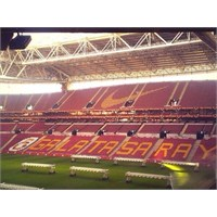 Galatasaray'dan Stada Tadilat!