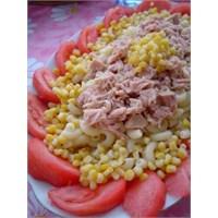 Leziz Ton Balıklı Makarna Salatası