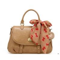Bayanlar İçin Çanta Aşktır