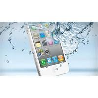 Suya Düşen Telefonunuzu Nasıl Kurtarırsınız?