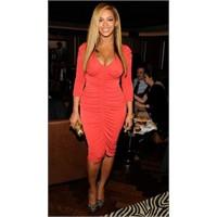 Beyonce Hamilelik Sonrası Hemen Kilo Verdi!