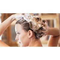 Saçlarınızı Doğru Yıkayarak Güzelleştirin