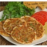 Tortilladan Fındık Lahmacun (Resimli)
