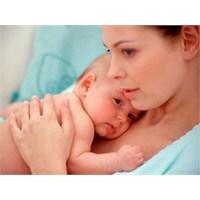 Yeni Bebek Sahibi Olmuş Anneler