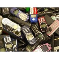 Cep Telefonlarının Tarihsel Gelişimi (1983-2011)