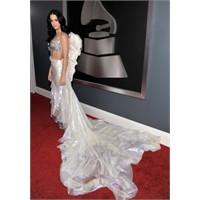 Grammy Ödülleri Kirmizi Hali Gelenekseli