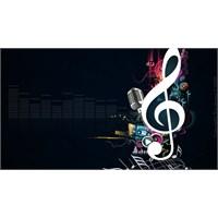 En Çok Dinlenen Türkçe Şarkılar – Ağustos 2013