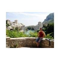 Mostar; Parkları Bile Mezar