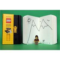 Moleskine Meets Lego