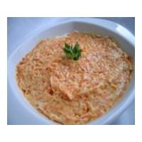 Düşük Kalorili Yoğurtlu Havuç Salatası