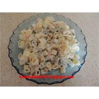Harika Makarna Salatası
