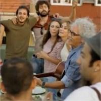 """Yeni Türkü'yle Birlikte Kimler """"Eyvallah"""" Dedi?"""