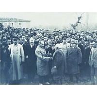 Atatürk İle Suikastçisi Karşı Karşıya
