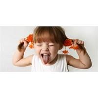 Çocuklarımızı Doyumsuzluktan Nasıl Kurtarabiliriz?
