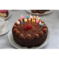 Doğum Günü Pastası - Yogurkitabi.Com