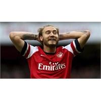"""Bendtner: """"Arsenal'den Ayrılmak İstiyorum"""""""