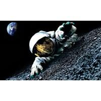 Asgari Ücretle Çalışacak Astronot Aranıyor !