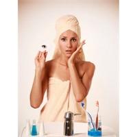 5 Soruda Makyajı Temizleme