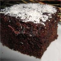 10 Dakikada Browni Kek Tarifi (Islak Kek)