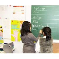 'çocuklarınızı Türkçe Derslerine Yazdırın'