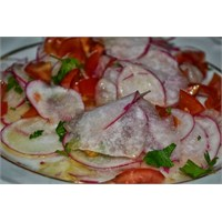 Anneminelinden Turp Salatasını Bir De Böyle Deneyi