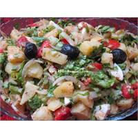 Bol Nar Ekşili Patates Salatası