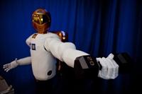 Hassas Dokunuşlara Sahip Robonaut2