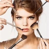 Kusursuz Makyaj İle Yüzde Yüz Değişim