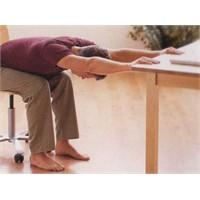Masa Başında Sürekli Oturanlar Dikkat