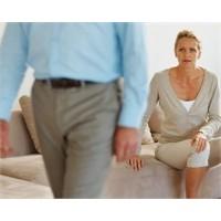 Evlilikte Kim Kimi Aldatıyor?