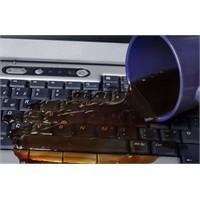 Dizüstü Bilgisayarınıza Sıvı Dökülmesi