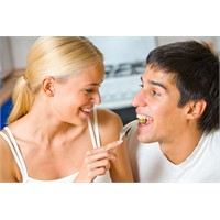 Evliliğinizi Canlı Tutmak İçin...