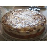Harika İncirli Pasta