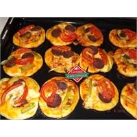 Gurme Mini Pizza Tarifi