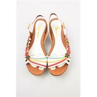 Plaj Modasına Özel Bayan Sandalet Koleksiyonu