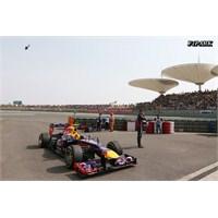 Webber Bahreyn'e Grid Cezası İle Gidiyor