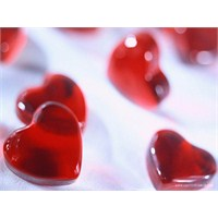 Sevginin Fazlası Zehirliyor!