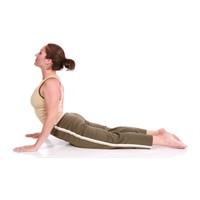Güçlü sırt ve karın kasları için Pilates