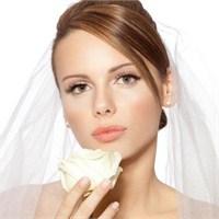Gelin Makyajı Nasıl Yapılmalı ? Dikkat Noktaları