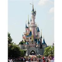 Ekonomik Disneyland Paris
